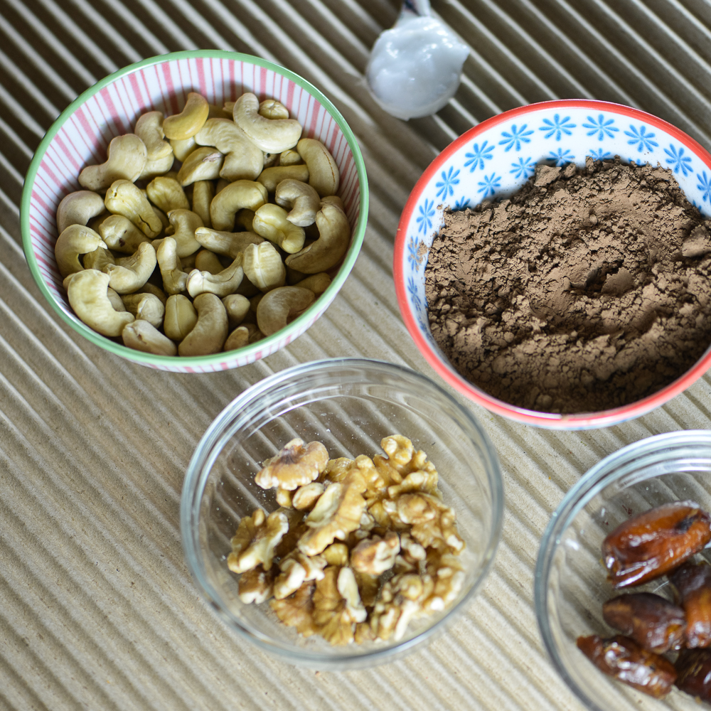 Raw Brownie Square Ingredients