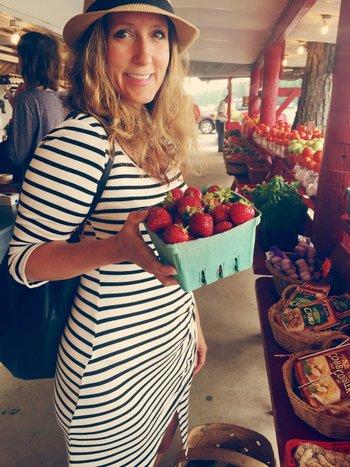 lisa at summer market